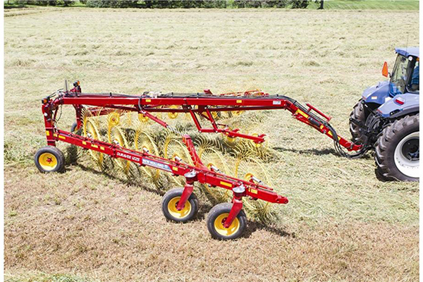 New Holland | DuraVee Trailing Wheel Rakes | Model DuraVee 1833 for sale at Kings River Tractor Inc.