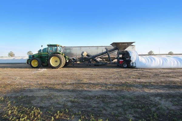 Loftness | Grain Bagging | Truck Unloading Augers for sale at Kings River Tractor Inc.