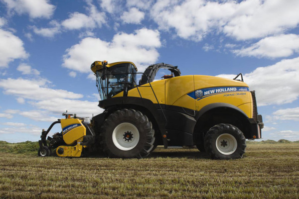 New Holland | FR Forage Cruiser SP Forage Harvesters | Model FR850 for sale at Kings River Tractor Inc.