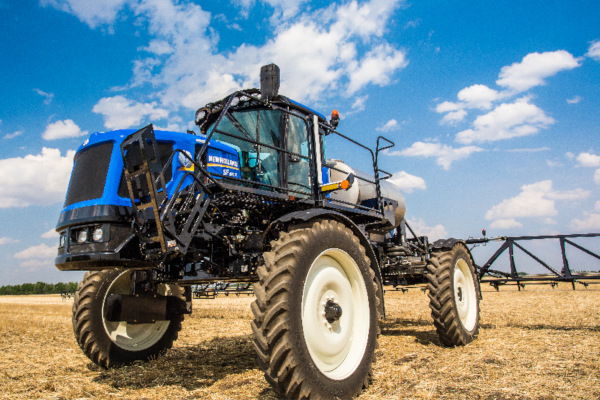 New Holland | Guardian Rear Boom Sprayers - Tier 4B | Model SP.260R for sale at Kings River Tractor Inc.
