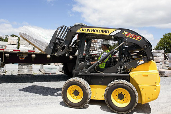 New Holland | Skid Steer Loaders | Model L220 for sale at Kings River Tractor Inc.
