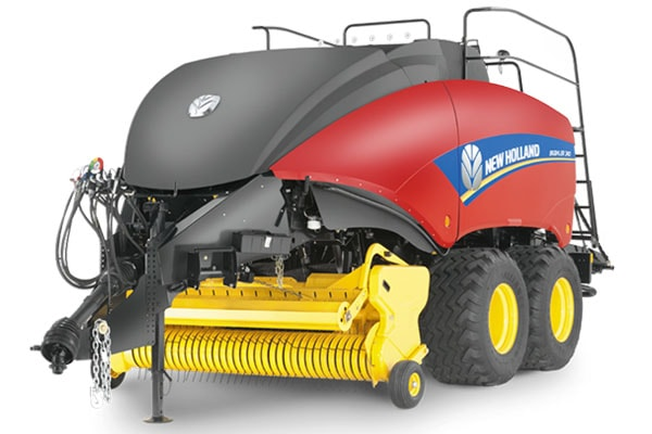 New Holland BigBaler 230 CropCutter® Packer Cutter for sale at Kings River Tractor Inc.