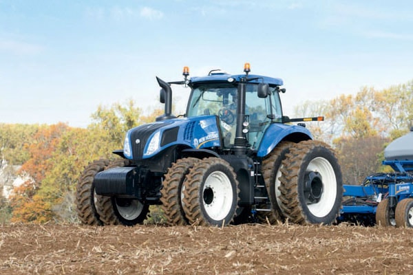 New Holland Genesis T8.320 for sale at Kings River Tractor Inc.
