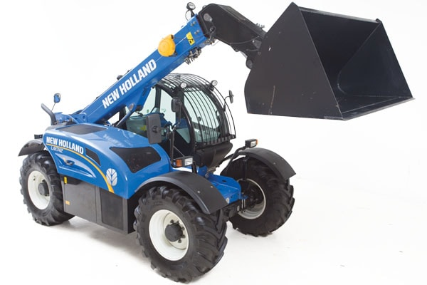 New Holland | Large-Frame Telehandlers - Tier 4B | Model LM6.32 for sale at Kings River Tractor Inc.
