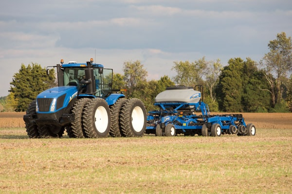 New Holland T9.530 for sale at Kings River Tractor Inc.