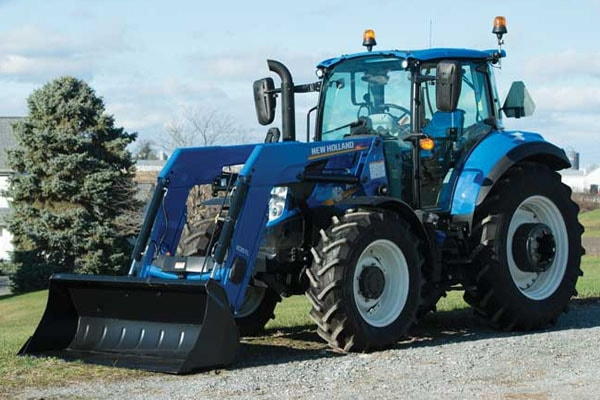New Holland T5.100 Dual Command™ for sale at Kings River Tractor Inc.