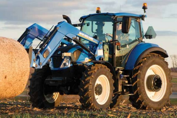 New Holland | T5 Series - Tier 4B | Model T5.110 Dual Command™ for sale at Kings River Tractor Inc.