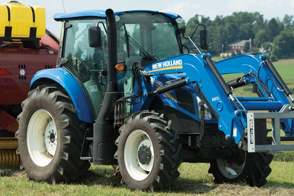 New Holland | T5 Series - Tier 4B | Model T5.120 Dual Command™ for sale at Kings River Tractor Inc.