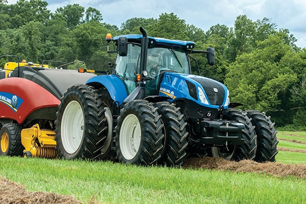 New Holland | T7 Series-Tier 4B | Model T7.210 Classic for sale at Kings River Tractor Inc.