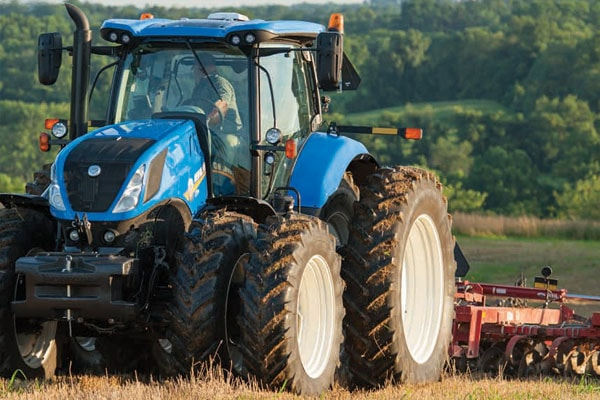 New Holland | T7 Series-Tier 4B | Model T7.230 Classic for sale at Kings River Tractor Inc.