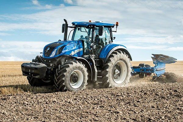 New Holland | T7 Series-Tier 4B | Model T7.315 SideWinder II for sale at Kings River Tractor Inc.