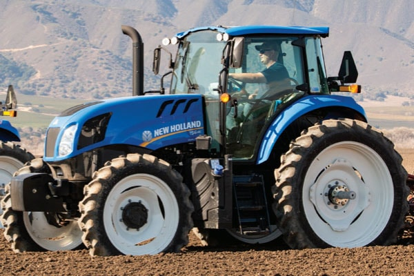 New Holland TS6.140 for sale at Kings River Tractor Inc.