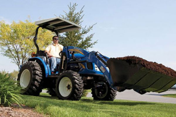 New Holland | Deluxe Compact Loaders | Model 240TLA for sale at Kings River Tractor Inc.